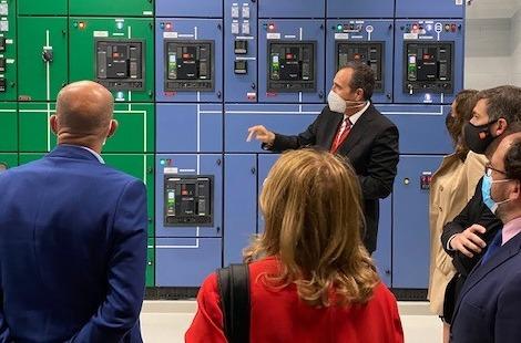 Representantes políticos de la CAM visitan Data4.