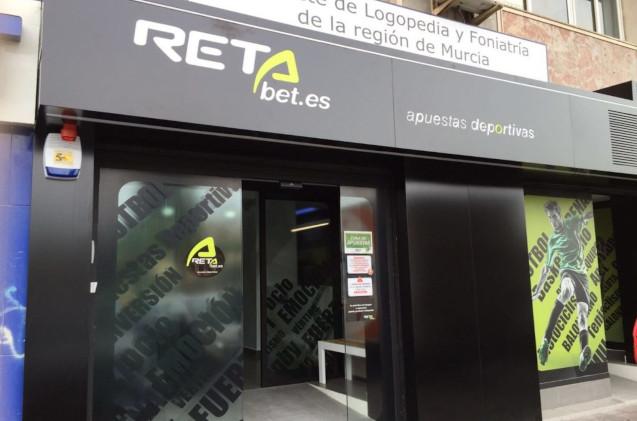 Establecimiento de Retabet en Murcia.