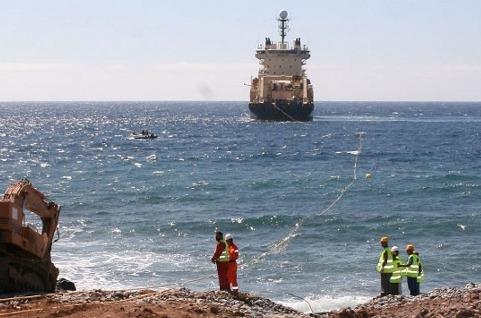 Extensión del cable submarino 2Africa para conectar Canarias y la Península.