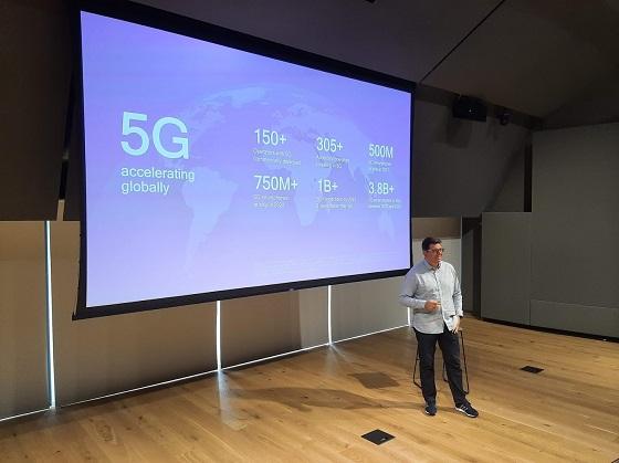 Douglas Vaz Benítez, director general de Qualcomm para España y Portugal, en la presentación.