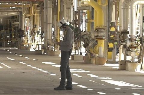 Cepsa optimiza con 5G sus procesos en la refinería La Rábida.