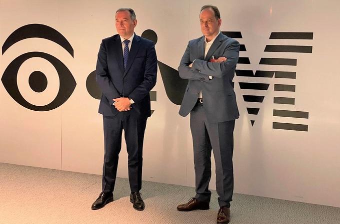 Javier Valencia, vicepresidente de IBM España, y Pablo Martín, presidente y CEO de Izertis
