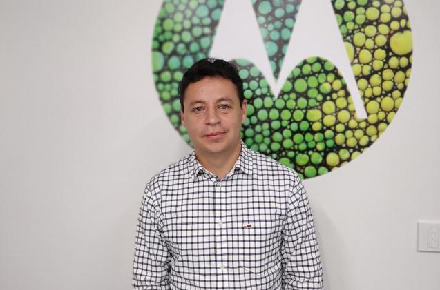 Huascar Peláez, de Motorola.