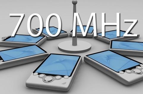 Aotec denuncia la subasta de 700Mhz ante la CNMC.