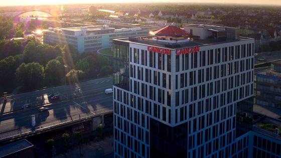 Telefónica Tech compra Cancom Group por 398 millones de euros.