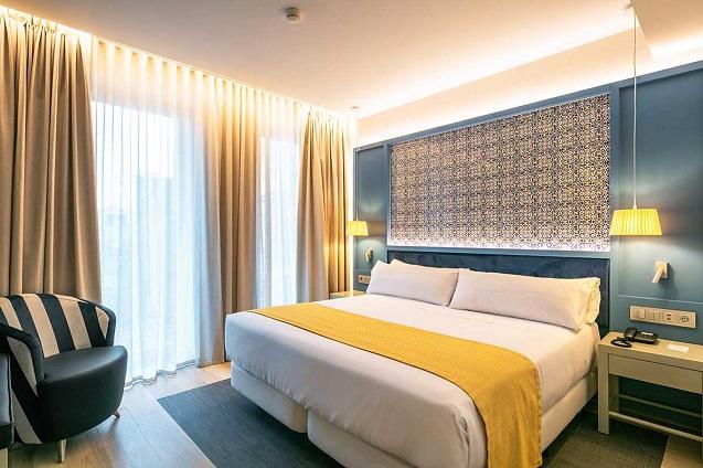 Urge la digitalización del sector hotelero.