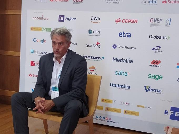 Alberto Granados, presidente de Microsoft España, en el 35º encuentro de AMETIC en Santander.