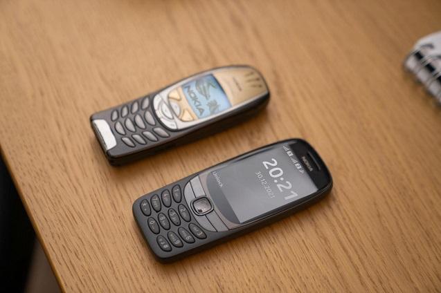 Nokia 6310: 20 años después.