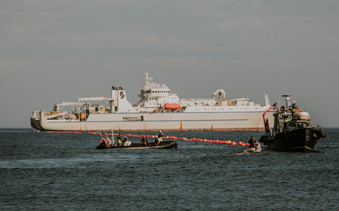 El cable submarino Grace Hopper de Google llega a España