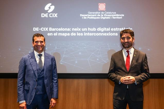 DE-CIX activa un nuevo punto de interconexión en Barcelona.