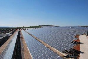 Huawei consolida la estructura comercial de su oferta de energía solar en España