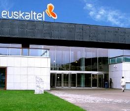 Euskaltel cierra el semestre con una ligera caída en sus resultados