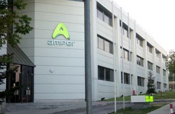Amper sale del bache y supera los 90 millones de beneficios en 2015