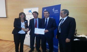 Tita López y Ambrosio Rodríguez recogen el premio de COETTC