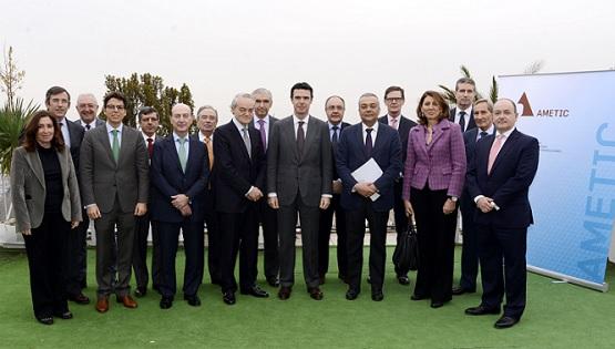 Reunión entre el ministro de Industria, Energía y Turismo, José Manuel Soria, y AMETIC