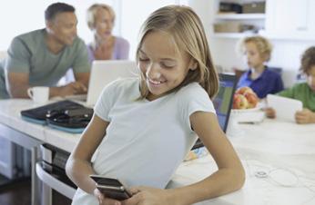 Telefónica lanza su servicio de control parental: MoviStar Protege