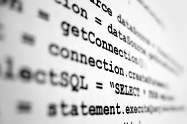 Líneas de código de programación.