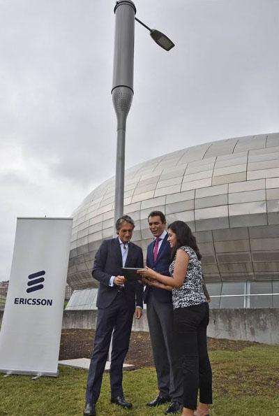 Ericsson instala en Santander la primera farola conectada en España