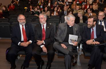 Carlos Amador, director del Colegio Santa María la Blanca; Paul Ballard, decano de la UWC; Luis Lezama; y Guillermo de la Dehesa, consejero de Hacienda