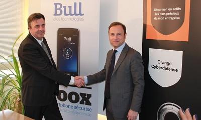 De izquierda a derecha: Michel Van Den Berghe, CEO de Orange ciberdefensa y Pierre Barnabé, COO de BigData y seguridad de Atos