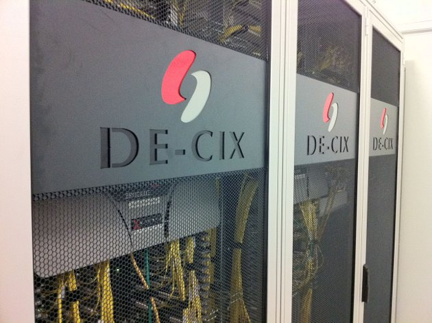 Centro de datos de DE-CIX en Alemania.