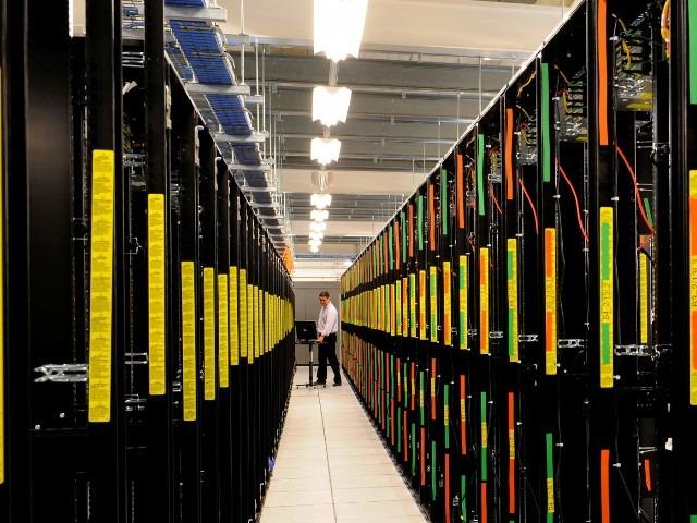 Aspecto de un gran centro de datos.