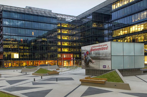 Vodafone hace balance del año y nombra un nuevo CEO.