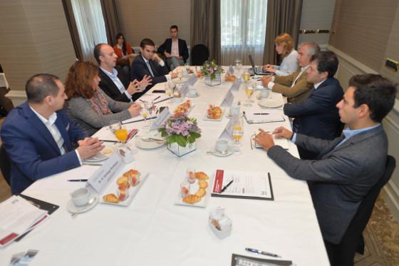 Mesa redonda Redes & Telecom para debatir sobre SDN, un negocio con mucho futuro pero poco presente