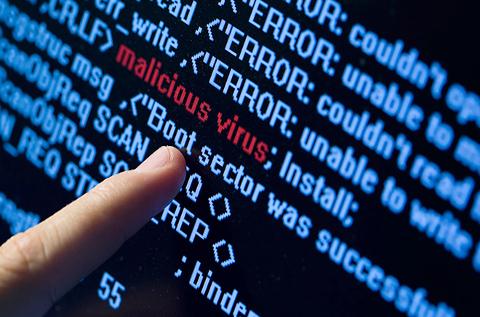 Detección de malware en líneas de código.