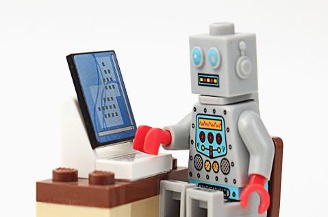 La historia de los chatbots: desde Eliza a Siri.
