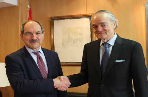 Pedro Mier junto a José Manuel de Riva