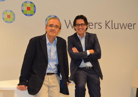 Vicente Sánchez, de Wolters Kluwer, y Álvaro Écija.