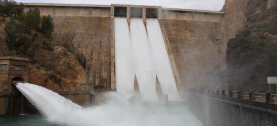 Monitorización de los embalses, y cauces de la Confederación Hidrográfica del Segura (CHS) vía satélite.
