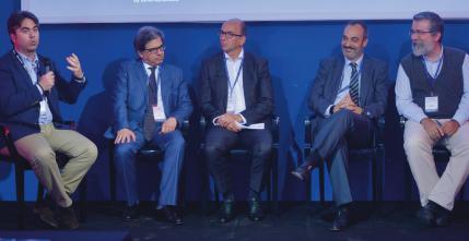 Los ponentes durante la mesa redonda sobre cloud y ciberseguridad