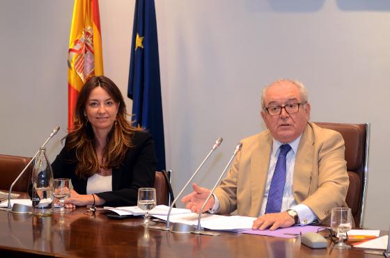 Alicia Richart y Eduardo Serra, durante la primera Asamblea General de digitalES.