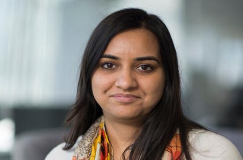 Kriti Sharma, vicepresidenta de bots e inteligencia artificial de Sage.
