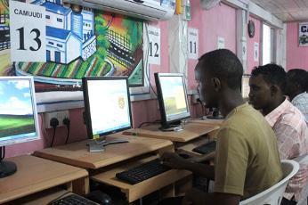 Somalia recupera la conexión tras casi un mes sin Internet.