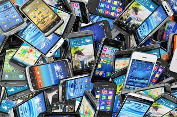 Cambiamos de smartphones por necesidad, no por moda.