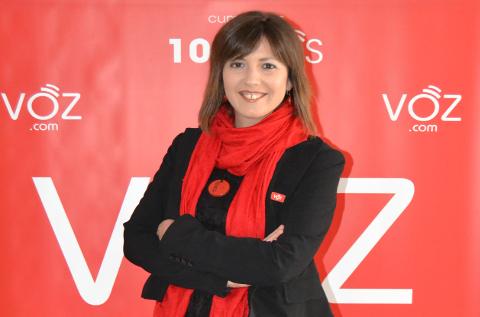Cristina Sanz, directora de comunicación de VOZ.COM.