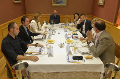 Mesa sobre las TI en la educación organizada por CHANNEL PARTNER.