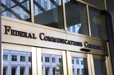 Comisión Federal de Comunicaciones retira las medidas para asegurar la neutralidad de Internet de Obama.