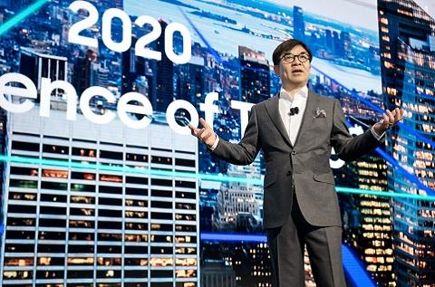 Hyunsuk (HS) Kim, presidente y director de Samsung Consumer Electronics y Samsung Research