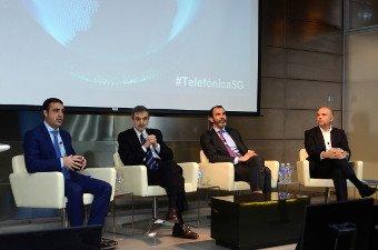 Álvaro Sánchez, de Nokia; Luis Miguel Gilpérez, presidente de Telefónica España; José Antonio López, de Ericsson España, y Joaquín Mata, Telefónica España.