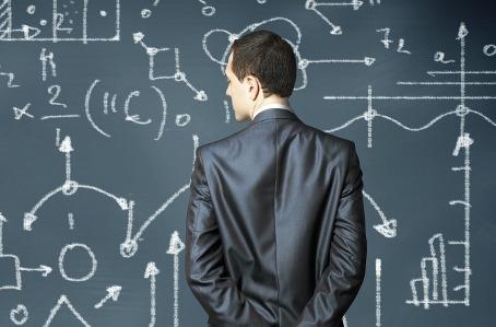 El analista de datos debe tener conocimientos de matemáticas, pero también ciertas dotes de liderazgo.