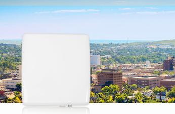 Radwin Jet Duo, estación base dual para bandas de 3.5 y 5 GHz.