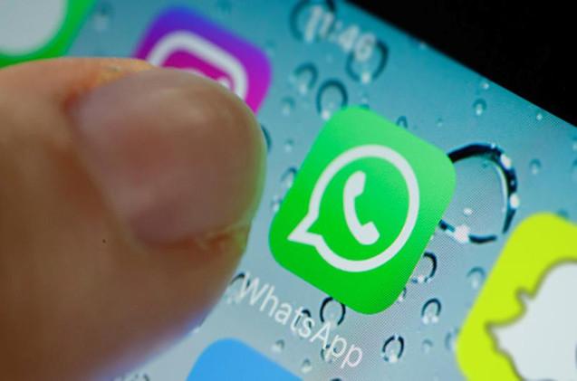 El uso diario de la mensajería instantánea duplica al de las llamadas por móvil.