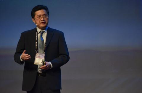 Ernest Zhang, presidente de Huawei Empresas en Europa Occidental, durante su discurso en el Huawei Partner Summit 2018.
