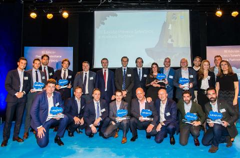 Foto de familia de los partners premiados por Salesforce Iberia en 2018.