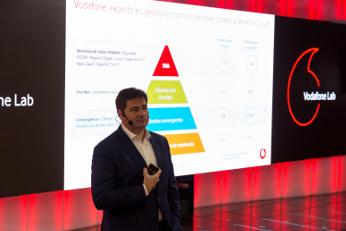 Andrés Vicente durante la presentación del nuevo CPD y de Vodafone Infinity