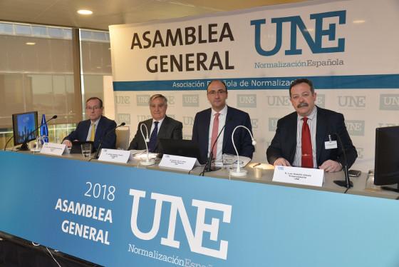 Asamblea General de UNE.